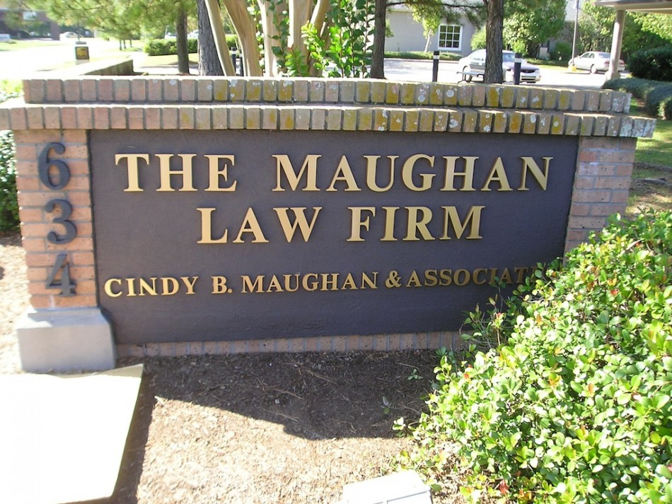 The Maughan Law Firm Greater Baton Rouge Signs